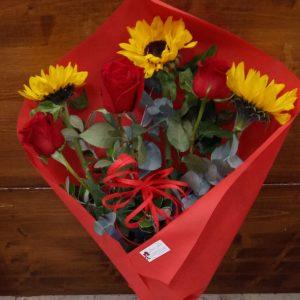 girasole rose rosse